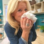 erkaeltung-niesen-allergie-gesundheit-erreger