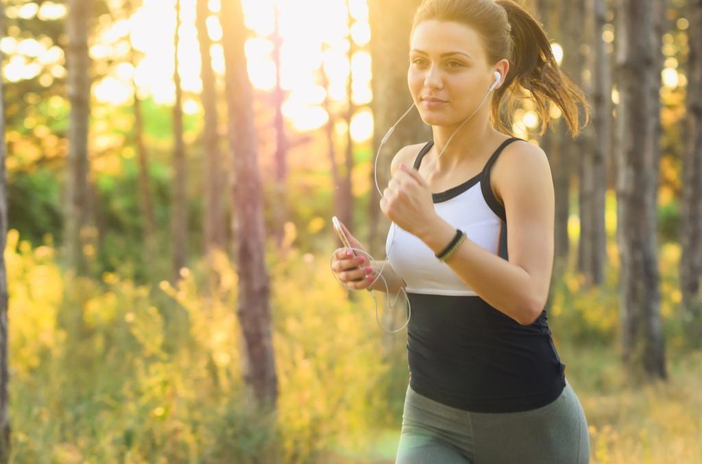 Fitness_Sport_sportlich_joggen_Bewegung_Gesundheit