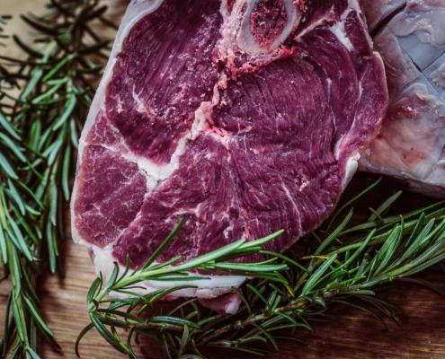 Fleisch_grillen_Vegetarier_Gesundheit_gesund_Ernaehrung