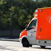 Notarzt_Hilfe_Retten_Herzdruckmassage_Beatmung_Atemnot_Unmaechtig_Unfall