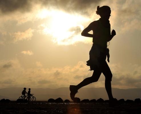 laufen_joggen_Sportschuhe_Ausruestung_Motivation